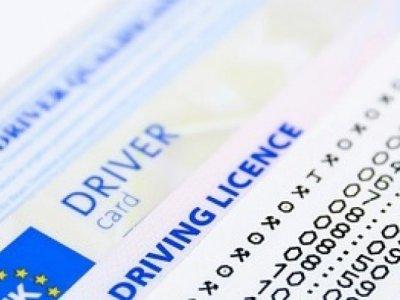 Fundes per a documentació de vehicles?